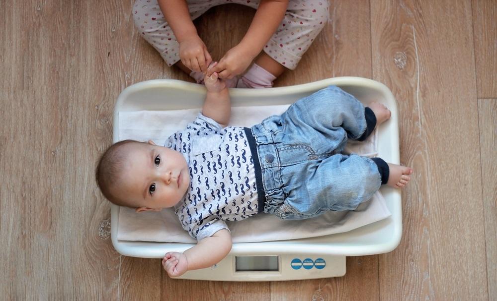 Lo que asegura la nutrición del bebé es la leche.